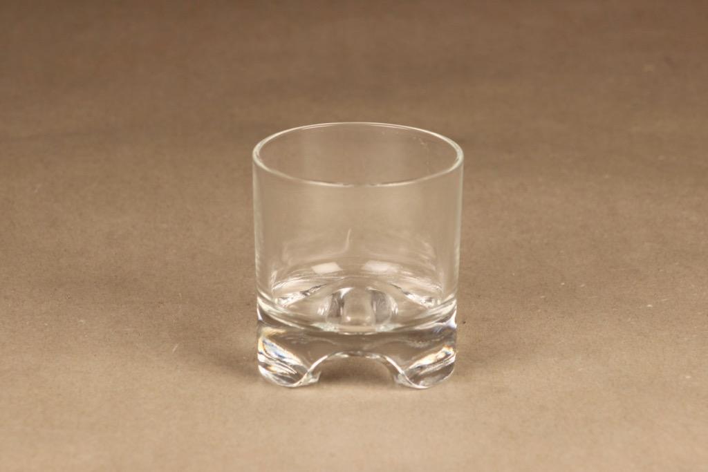 Iittala Sampo glass designer Heikki Orvola