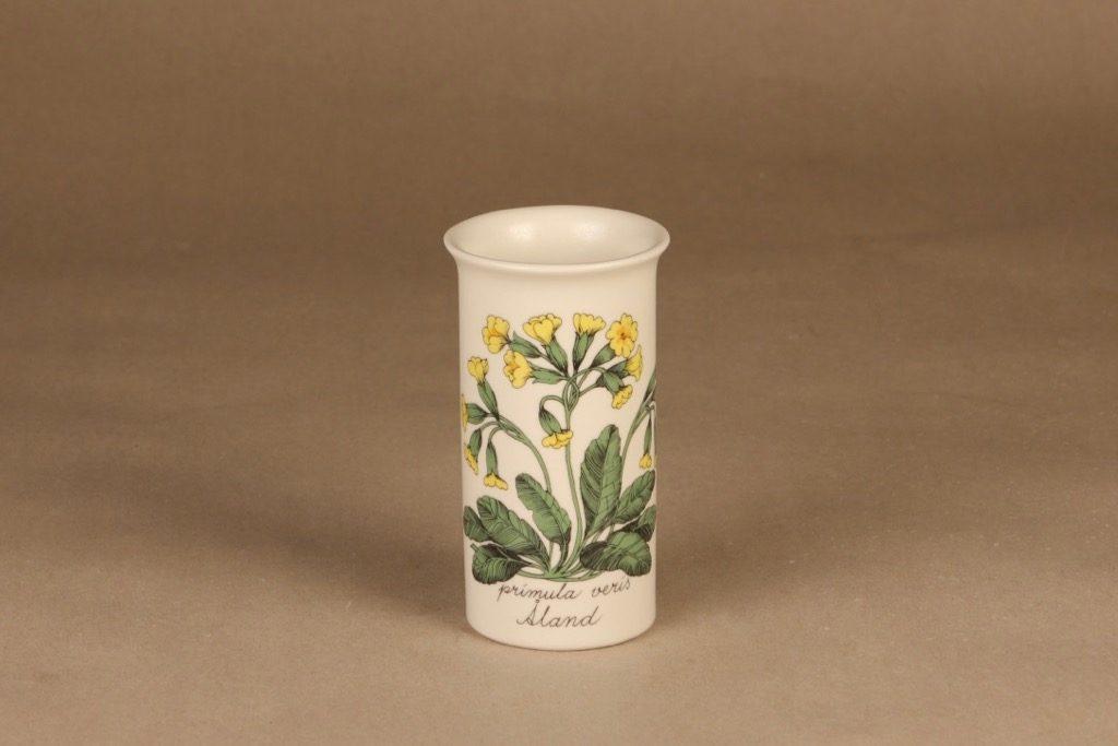 Arabia Botanica maljakko, Primula veris, suunnittelija Esteri Tomula, Primula veris, Tilaustyö, 1000 kpl