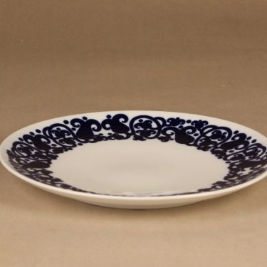 Arabia Josefina serving plate designer Laila Hakala