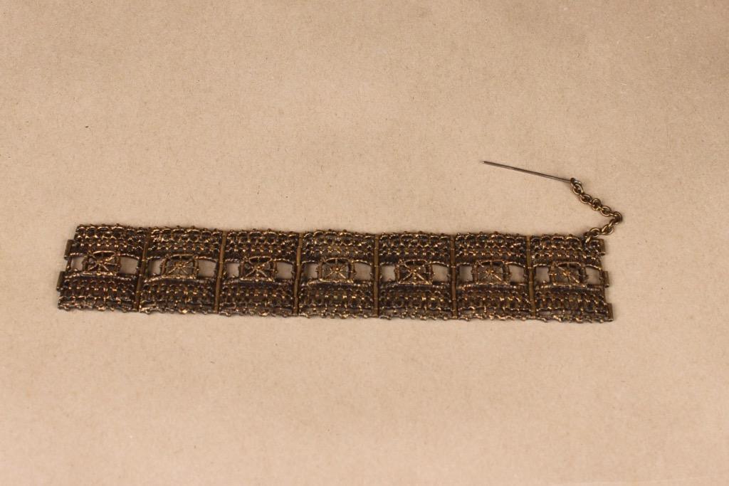 Turun Hopea Pitsi bracelet, bronze designer Pentti Sarpaneva