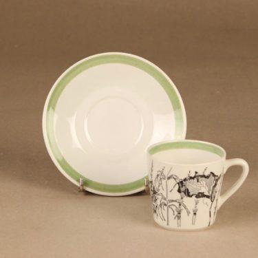 Arabia Flora kahvikuppi, suunnittelija , Kukka-aihe kuva 2