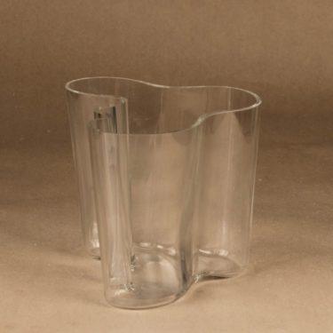 Iittala Savoy vase, clear designer Alvar Aalto 2