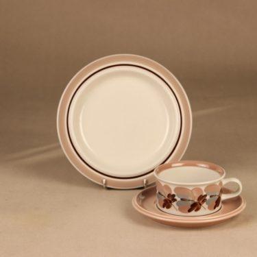Arabia Koralli tea cup, saucer and demitasse designer Raija Uosikkinen