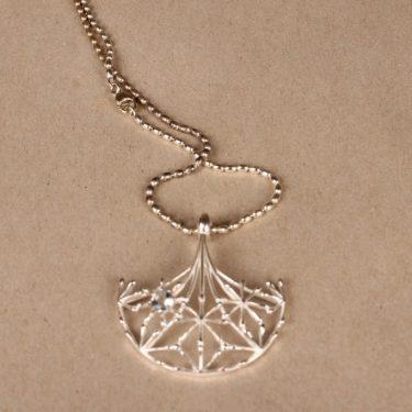 Kalevala Koru Naisen ääni pendant, silver, designer Kirsti Doukas, necklace