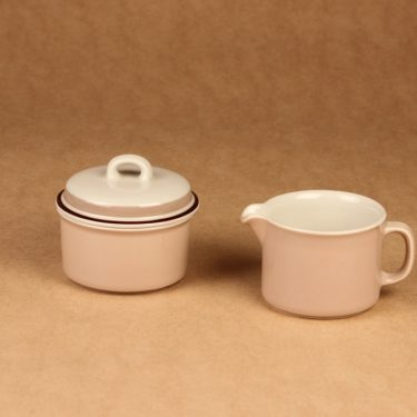 Arabia Koralli sugar bowl and creamer designer Raija Uosikkinen