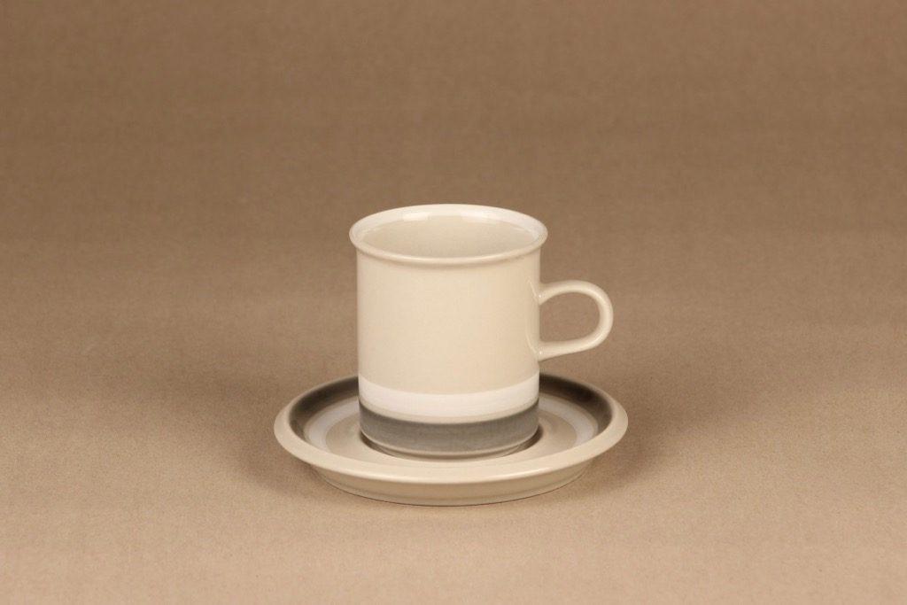 Arabia Salla coffee cup designer Raija Uosikkinen