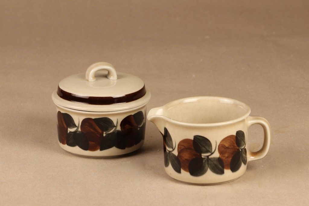 Arabia Ruija sugar bowl and creamer designer Raija Uosikkinen
