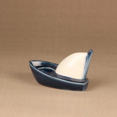 Arabia HLS tuikkuvene, sinivalkoinen, suunnittelija Heljä Liukko-Sundström, kynttilänjalka, vene