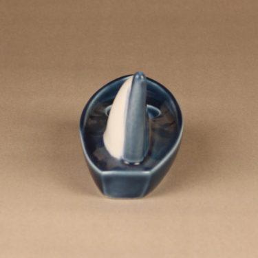 Arabia HLS tuikkuvene, sinivalkoinen, suunnittelija Heljä Liukko-Sundström, kynttilänjalka, vene kuva 3
