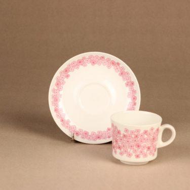 Arabia Leena kahvikuppi , vaaleanpunainen, suunnittelija Raija Uosikkinen, serikuva, kukka kuva 2
