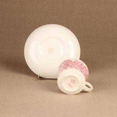 Arabia Leena kahvikuppi , vaaleanpunainen, suunnittelija Raija Uosikkinen, serikuva, kukka kuva 3