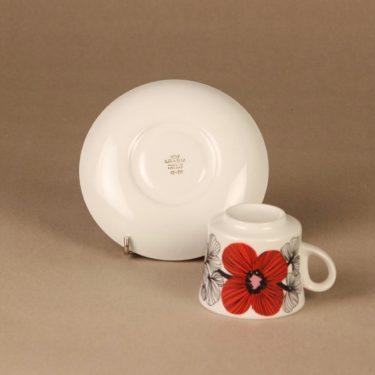 Arabia Isokukka kahvikuppi ja lautaset, punainen, suunnittelija Esteri Tomula, kukka, retro kuva 4