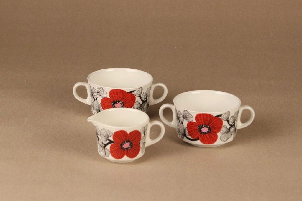 Arabia Isokukka sokerikot ja kermakko, punainen, suunnittelija Esteri Tomula, kukka, retro