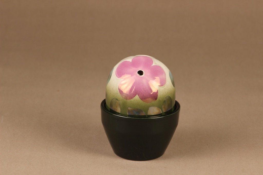 Arabia evergreen flower pink Anemone, hand-painted designer Heljä Liukko-Sundström
