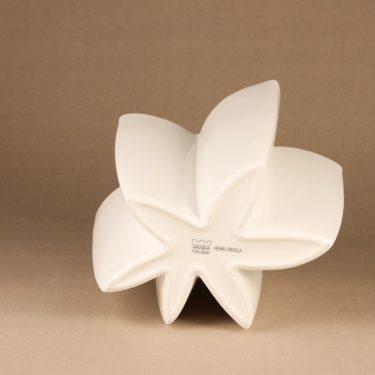 Arabia Carambola vase, white designer Heikki Orvola 3