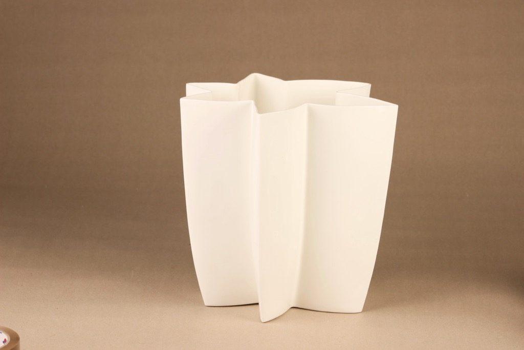 Arabia Carambola vase, Pro Arte designer Heikki Orvola