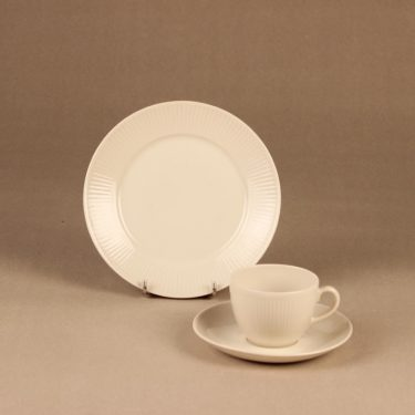 Arabia Sointu coffee cup and plates, 1.5 dl designer Kaj Franck