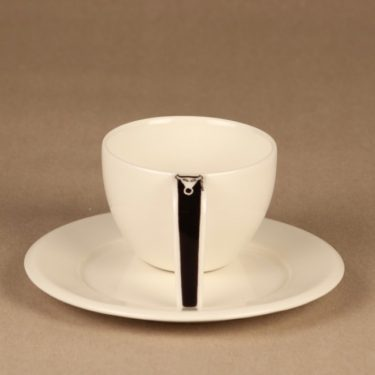 Arabia Ox coffee cup and plates designer Stefan Lindfors 2