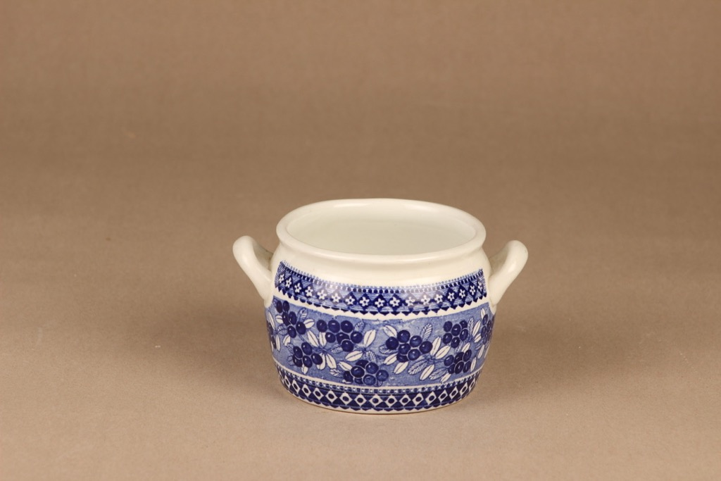 Arabia Cowberry butter pot designer Raija Uosikkinen