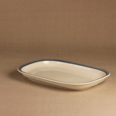 Arabia Uhtua serving plate designer Inkeri Leivo