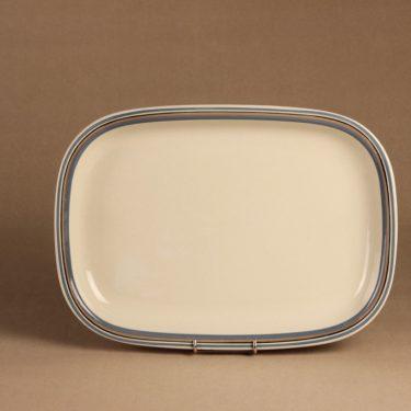 Arabia Uhtua serving plate designer Inkeri Leivo 2