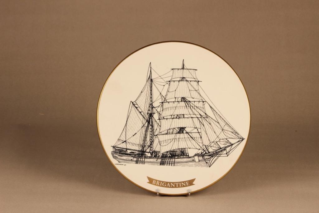 Arabia wall plate Sailing merchant ship Brigantine designer Björn Dahlström
