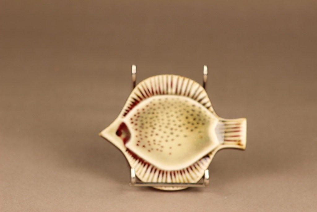 Arabia wall plate Fish, hand-painted designer Gunvor Olin-Grönqvist