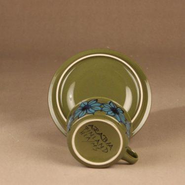 Arabia S teekuppi, käsinmaalattu, suunnittelija Hilkka-Liisa Ahola, käsinmaalattu, signeerattu, kukka kuva 3