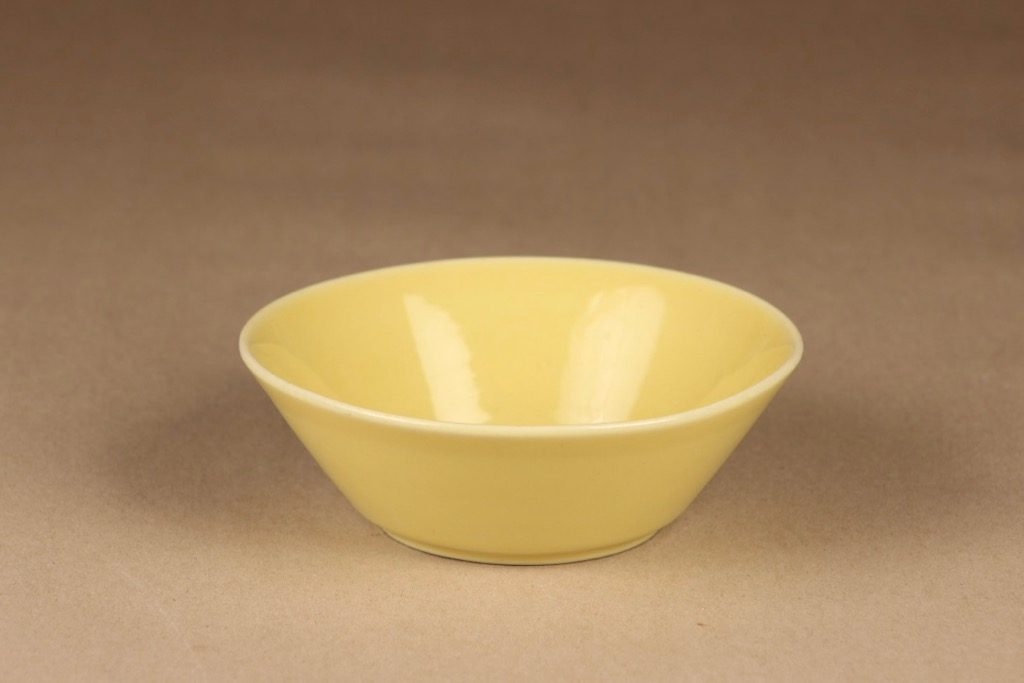 Arabia Kilta breakfast bowl yellow designer Kaj Franck