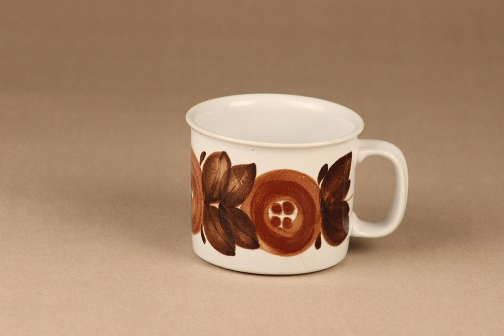 Arabia Rosmarin mug hand-painted designer Ulla Procope