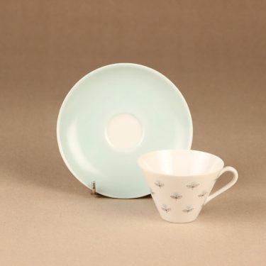 Arabia Monica kahvikuppi ja lautaset, käsinmaalattu, suunnittelija Esteri Tomula, käsinmaalattu, signeerattu, kukka kuva 3