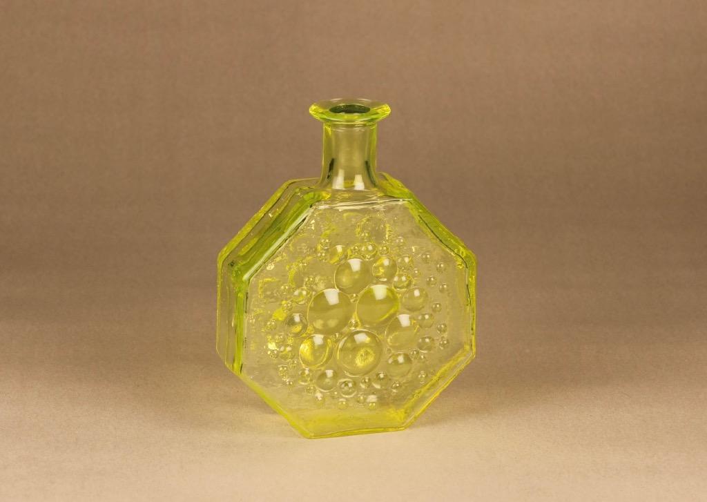 Riihimäen lasi Stella Polaris bottle, yellow Nanny Still