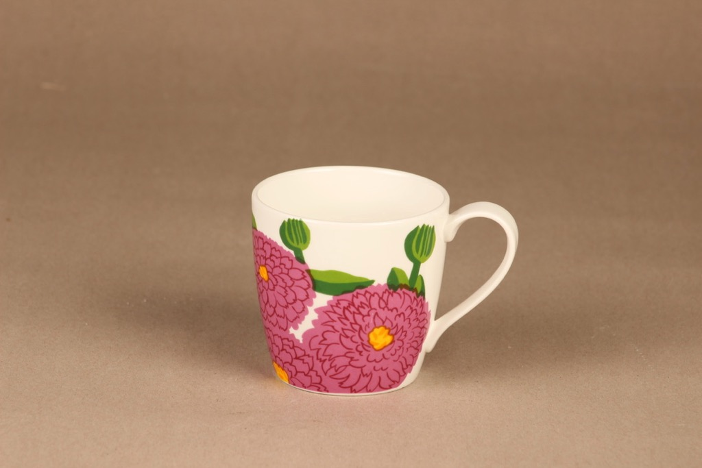 Iittala Primavera mug, raspberry red designer Maija Isola