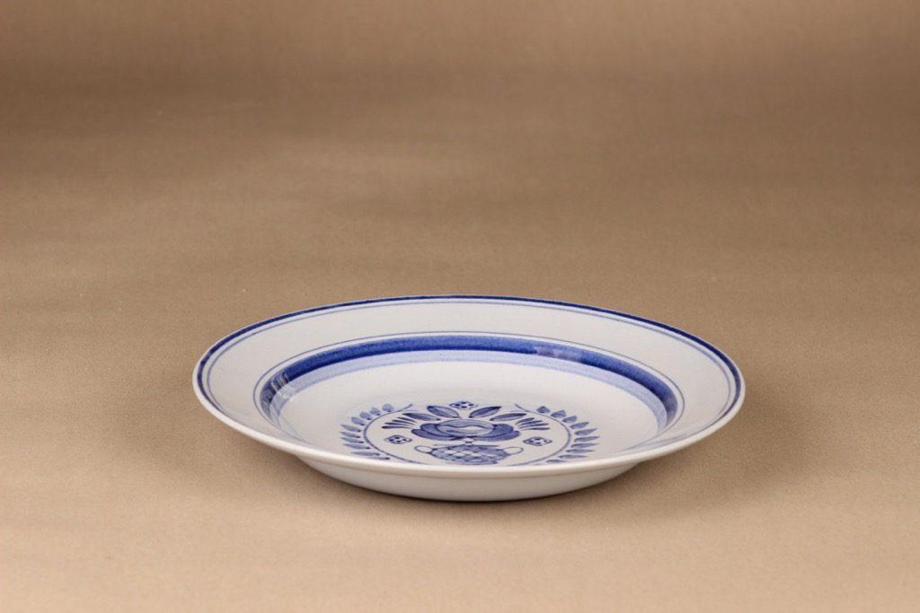Arabia Blue Rose lautanen, syvä 24 cm, suunnittelija Svea Granlund, syvä 24 cm, käsinmaalattu,kukka-aihe