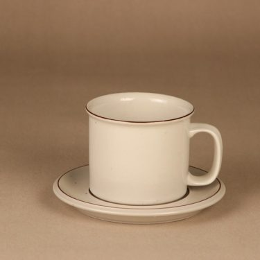 Arabia Fennica mug and saucer designer Richard Lindh