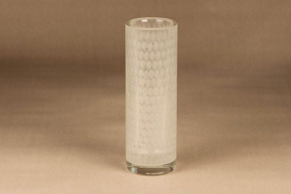 Nuutajärvi N433 vase, signed designer Oiva Toikka