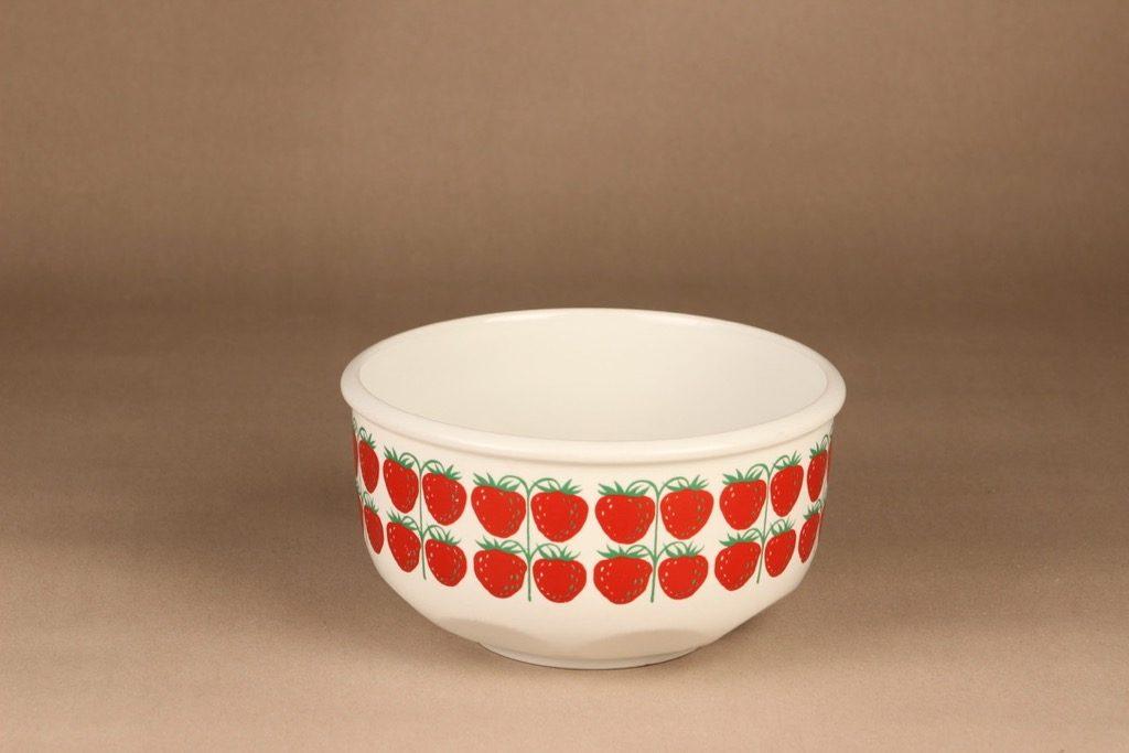 Arabia Pomona Strawberry bowl designer Raija Uosikkinen