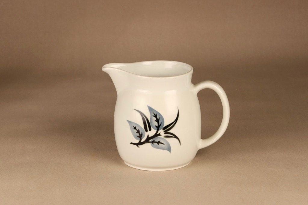 Arabia Oksa jug, 1.5 l, designer Raija Uosikkinen, leaf, blown decoration