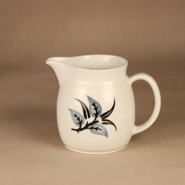 Arabia Oksa jug, 1.5 l, designer Raija Uosikkinen, leaf, blown decoration
