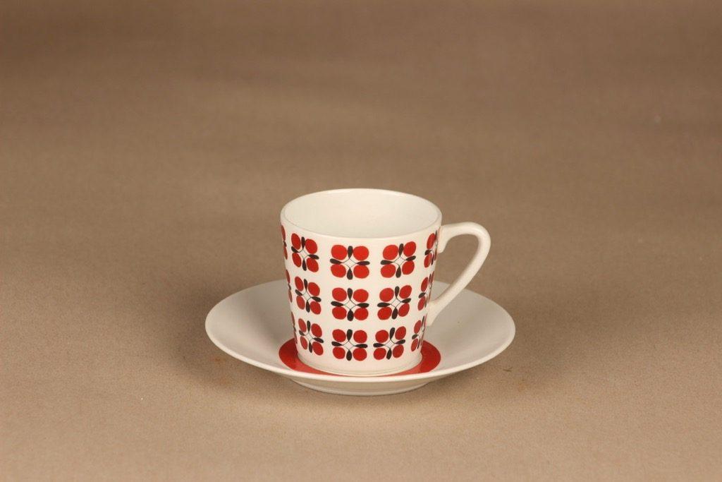 Arabia Eveliina kahvikuppi, punainen, suunnittelija Esteri Tomula, kukka, serikuva