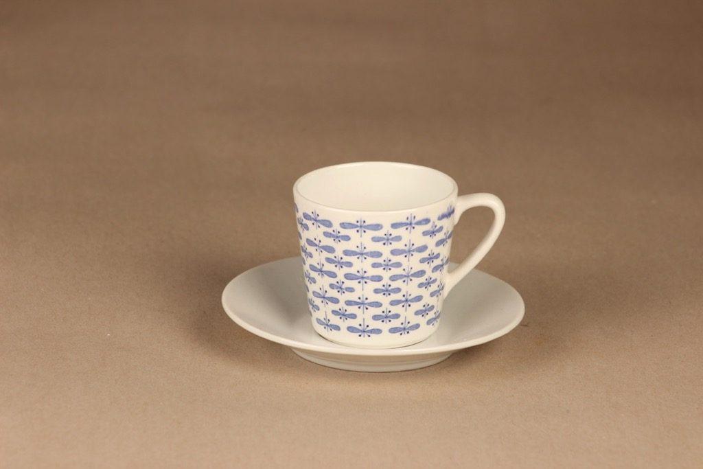 Arabia Perho kahvikuppi, sininen, suunnittelija Raija Uosikkinen, perhonen