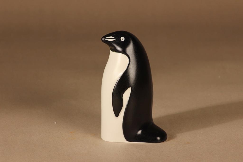 Arabia Pingviini figuuri, signeerattu, suunnittelija Lillemor Mannerheim-Klingspor, signeerattu, WWF, pingviini