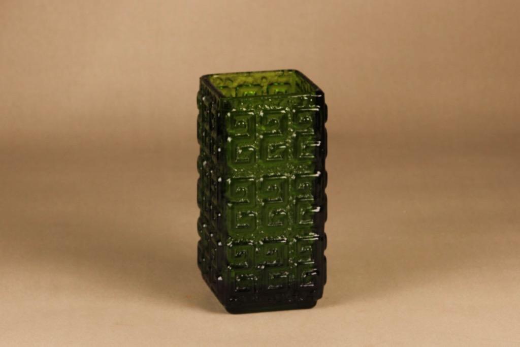 Riihimäen lasi Taalari vase green designer Tamara Aladin