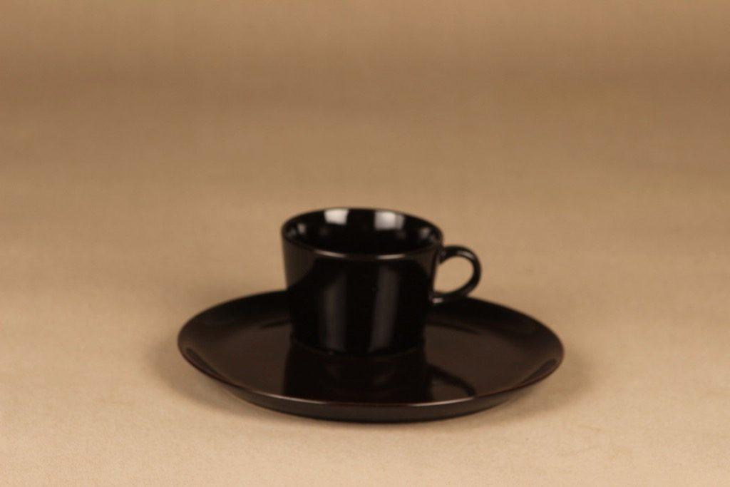 Arabia Kilta kahvikuppi ja erikoislautanen, TV-setti, suunnittelija Kaj Franck, TV-setti
