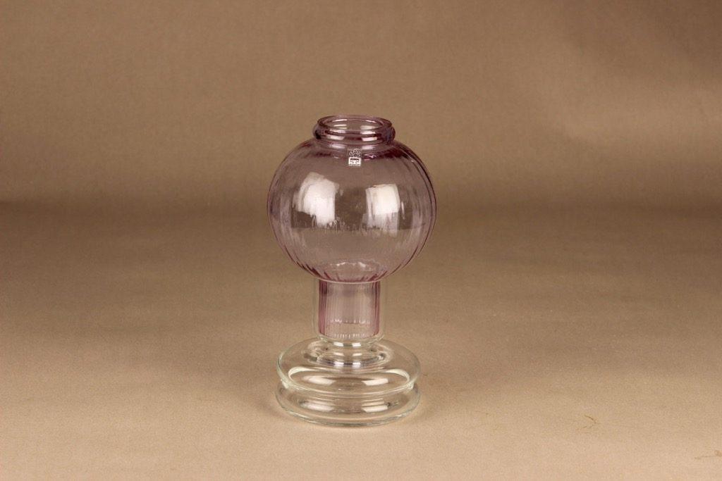 Riihimäen lasi Tuikku kynttilälyhty, lila, suunnittelija Nanny Still,