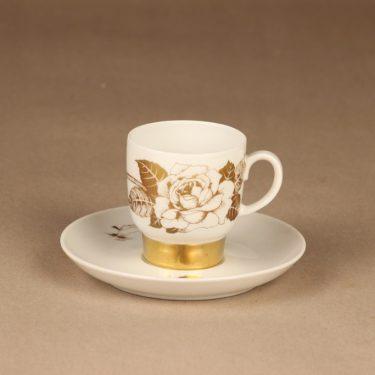 Arabia Kultaruusu kahvikuppi ja lautaset, kulta, suunnittelija Raija Uosikkinen, kukka kuva 2