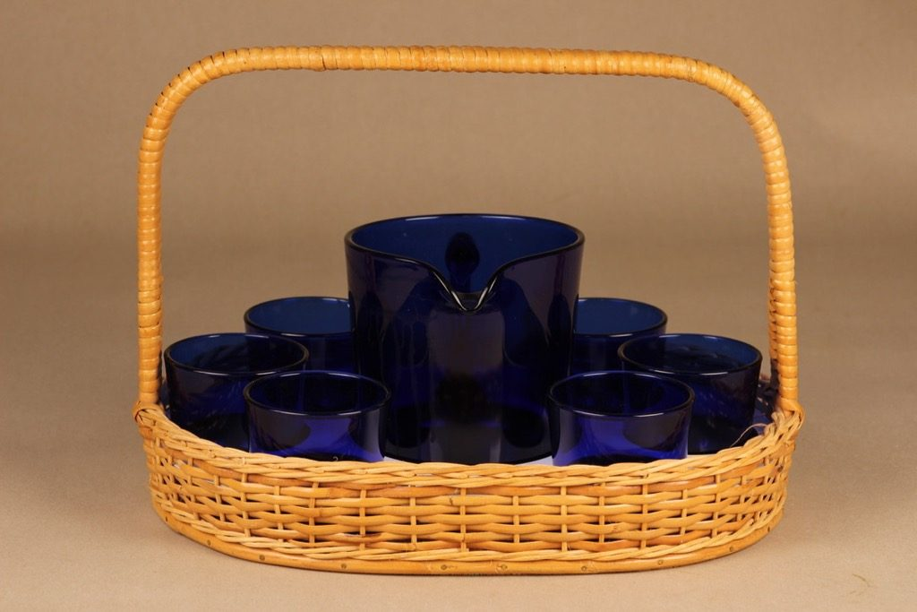 Nuutajärvi 5601/5023 pitcher 1 l and glasses 18 cl with rattan basket designer Kaj Franck