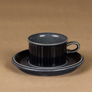 Arabia Kosmos espressokuppi, puhalluskoriste, suunnittelija Gunvor Olin-Grönqvist, puhalluskoriste, raitakoriste, puhalluskoriste