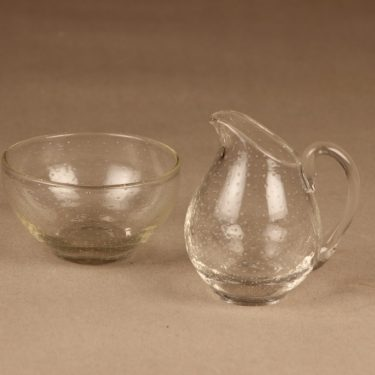 Nuutajärvi Pore sugar bowl and creamer designer Gunnel Nyman