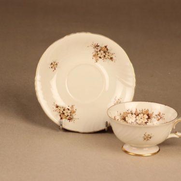 Arabia Raija kahvikuppi ja lautaset, suunnittelija Raija Uosikkinen, kukka kuva 3